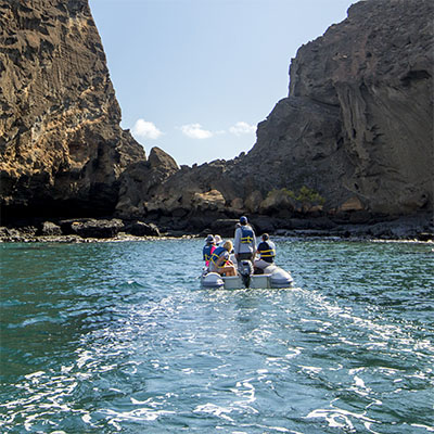 passion galapagos services and itineraries
